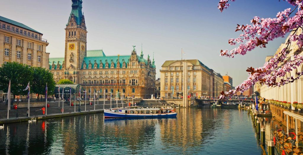 Hamburg za 78 zł w sierpniu!