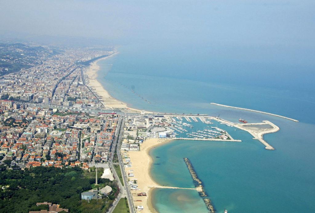 Pescara za 154 zł w październiku na przedłużony weekend!