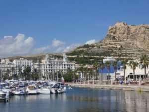 Urlop w Alicante w listopadzie! Loty za 244 zł w dwie strony!