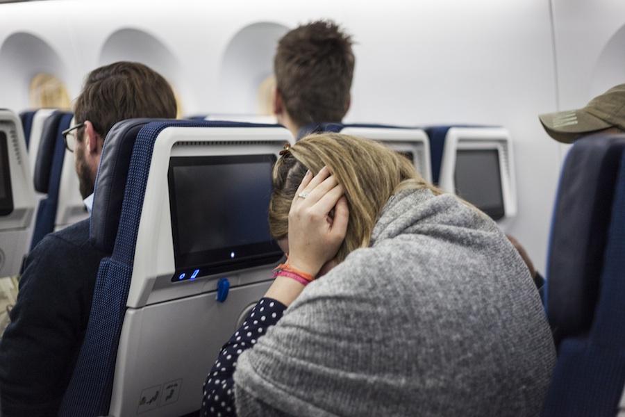 Sposób Na Zatkane Uszy Podczas Lotu Samolotem Też Miałeś Ten Problem Travelz