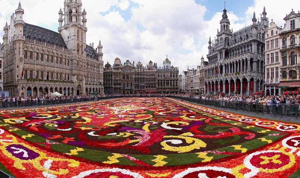 Bruksela za 121 zł we wrześniu na przedłużony weekend!