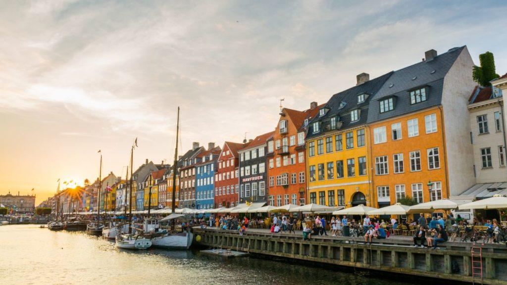 Kopenhaga za 78 zł w październiku!