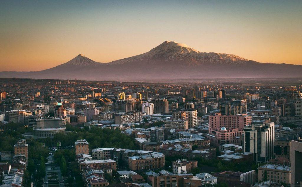 Armenia za 561 zł w listopadzie!