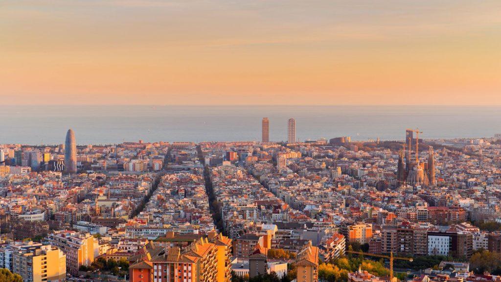 Barcelona za 193 zł w listopadzie na przedłużony weekend!