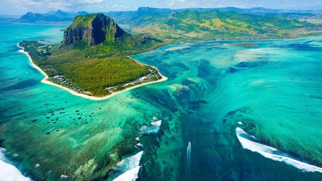 Mauritius za 2246 zł we wrześniu!