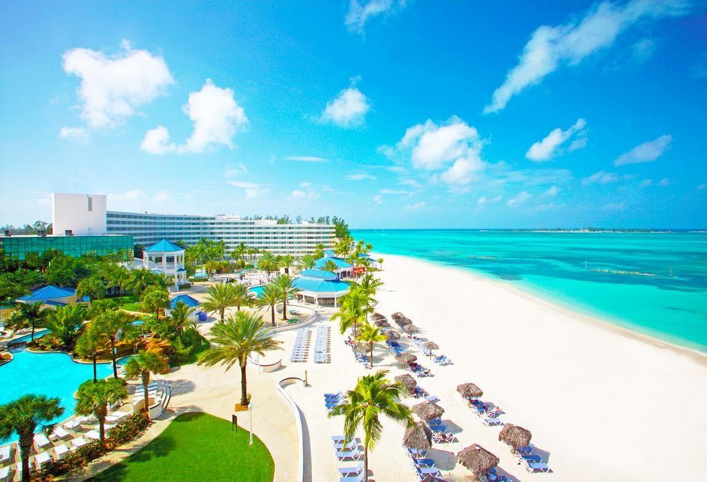 Bahamy za 2082 zł w lutym!